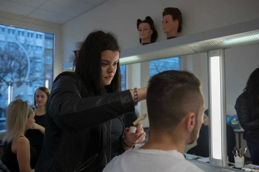 Berufsfachschule für Kosmetik, Film und Bühnencosmetologie