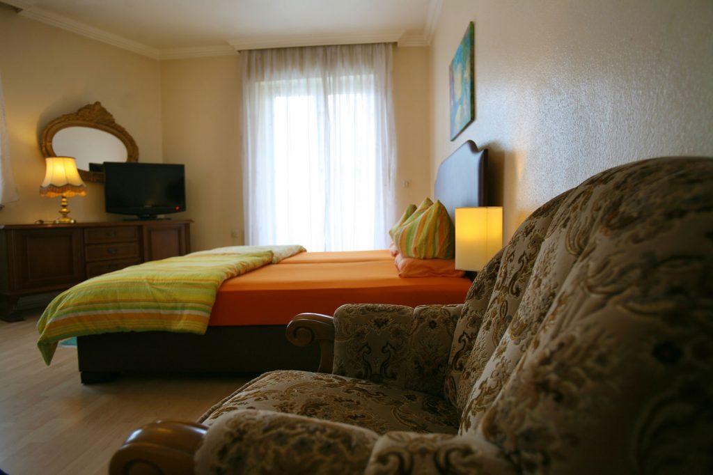 Hotel – Restaurant Alexandros